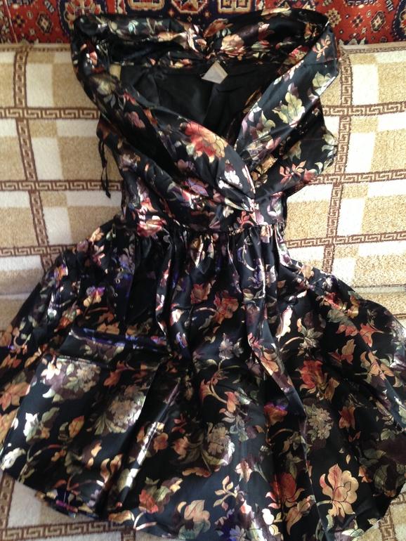 Платье  вечернее,  бальное  2  шт  размер  46-48