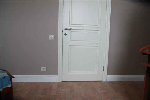 Плинтуса купить, плинтус напольный СПб, наличники купить, плинтус потолочный (карнизы), наличники на двери СПб, стеновые панели