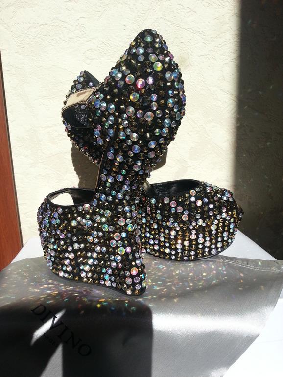 Новые туфли фирмы Divino. Размер 39