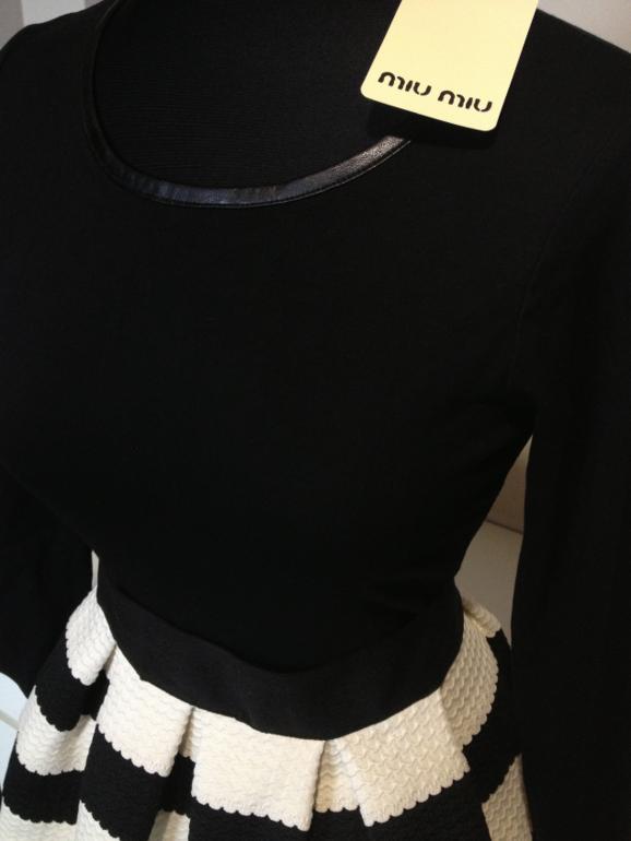 Легендарные платья и юбочки  MIUMIU! Цена смешная!Реальные фото!