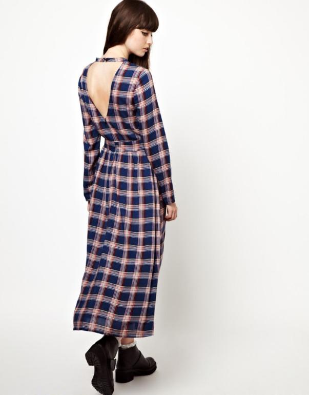 Платье  Asos-  48  размер  -  3700  руб.