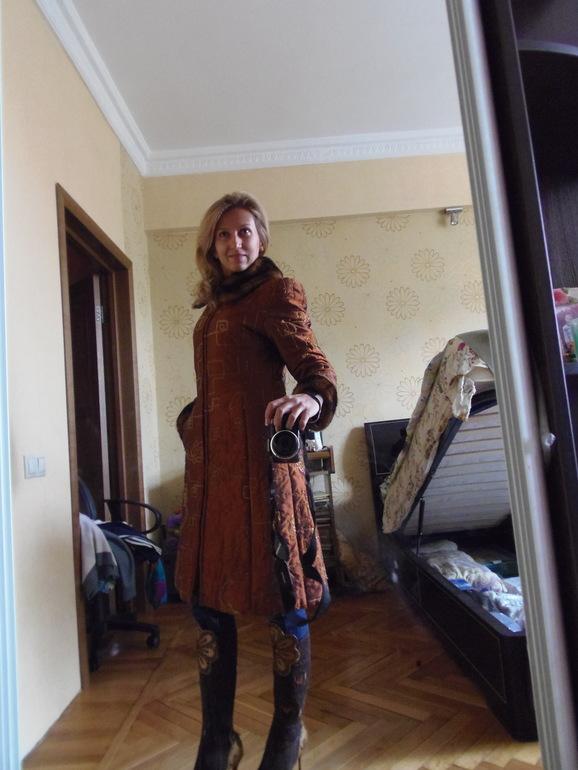 Стеганное пальто р.42 и сапожки р.37.
