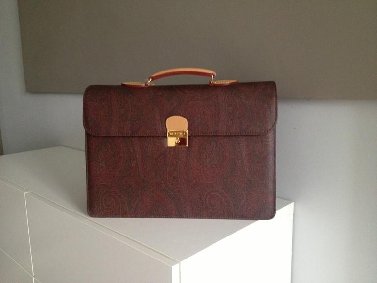 Копия сумок etro