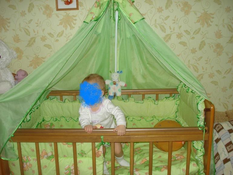 комплект в кроватку ( балашиха) 1000 руб