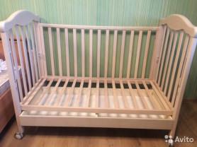 кроватка+новый матрас,комод Erbesi Giramondо