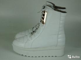 Новые белые кожаные ботильоны, р.36, 36.5, 37