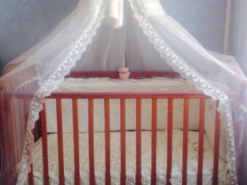 детская кроватка(Италия)
