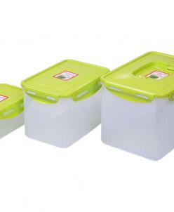 Набор пластиковых контейнеров