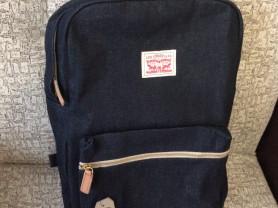 Новый рюкзак Levi's