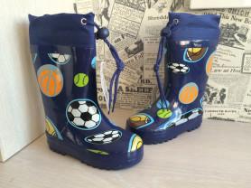 Резиновые сапоги новые для мальчика