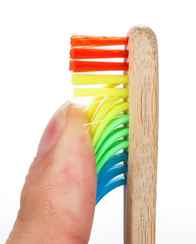 Зубная щетка бамбуковая РАДУГА