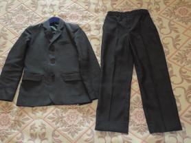 Костюм тройка (пиджак, брюки, жилет) для школы