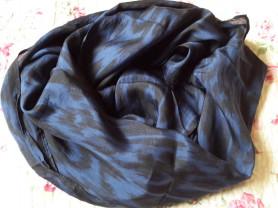 Палантин Esprit сине-черный 50*175 см