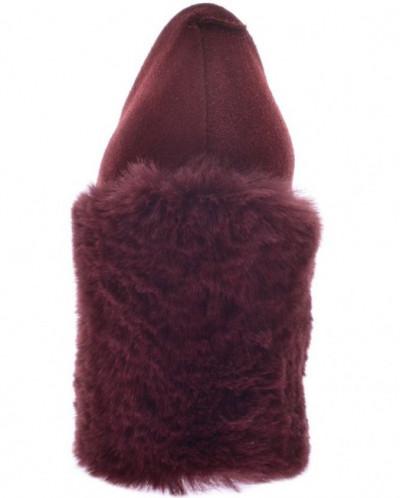 Женские замшевые туфли с меховым каблуком