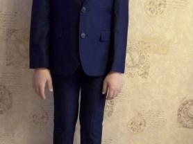 Продам клевый костюм на 9-10 лет