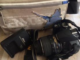 Зеркальная камера Nikon D3100