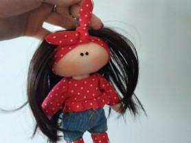 Текстильная кукла брелок