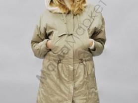 Пальто -куртка, удлиненное, с меховым капюшоном