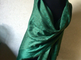 Платки и палантины Burberry Gucci Louis Vuitton