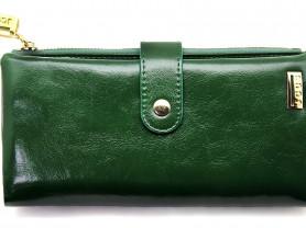 Большой кожаный кошелек зеленого цвета