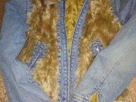 Куртка джинсовая с искусственным мехом р.42