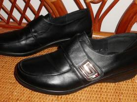 Туфли легкие натуральная кожа р. 40 ст. 26 см