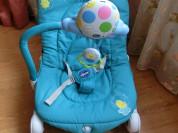 Б/у Шезлонг качалка Chicco Balloon Light Blue