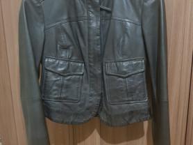 Стильная кожаная куртка 44