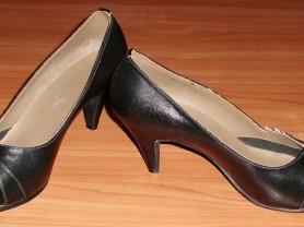 Туфли кожаные черные р. 38 ст. 25 см