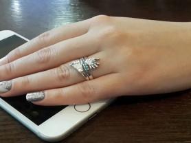 Красивое кольцо ручка-ножка