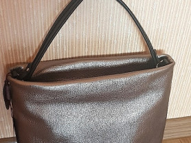 Новая кожаная сумка Италия цвет бронза