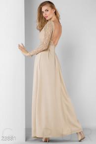 Изумительное длинное платье