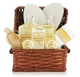 Large Spa Gift Basket. Tropical Islands