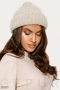 Актуальная зимняя шапка