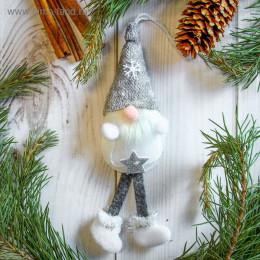 """Мягкая подвеска """"Дед Мороз"""" в сером колпаке 5*18 см"""