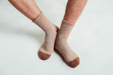 Носки из верблюжьей шерсти- светлые.