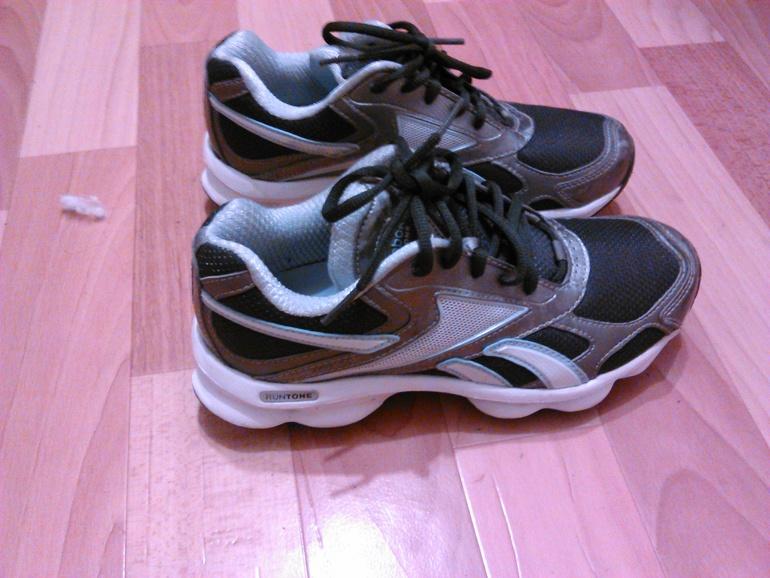 Красовки  Nike  беговые.