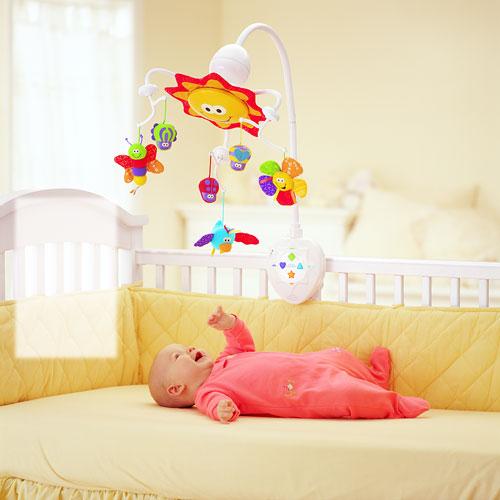 Игрушки для малышей до 6 месяцев своими руками