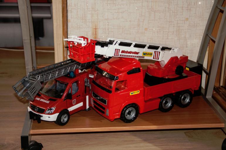 Пожарная машина из дерева своими руками 98