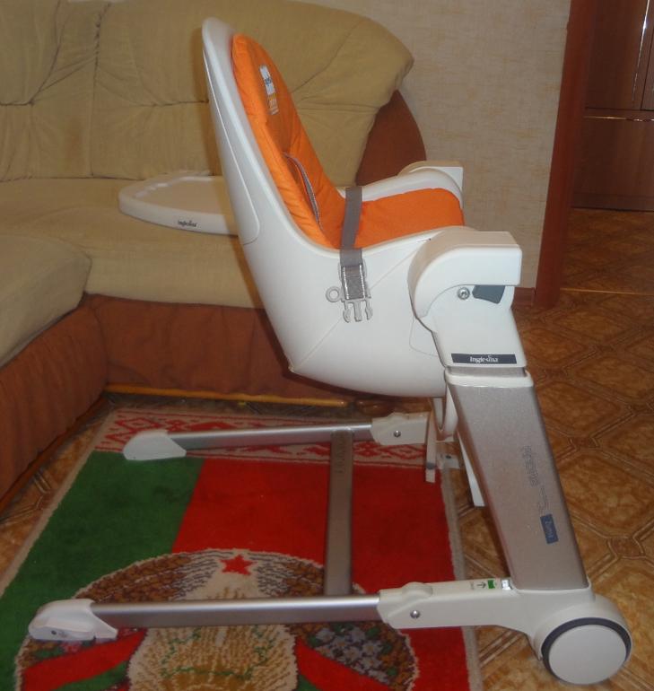 Inglesina Zuma белый-оранжевый 5000р