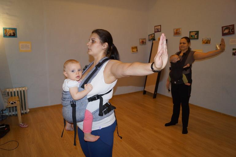 Отчет о первой встречи танцующих слингомам в Песочнице (Москва)