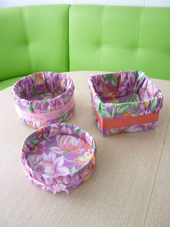 Мастер класс обшиваем тканью коробку без иголки
