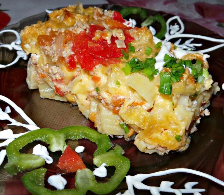 Салат из помидоров с луком и сахаром