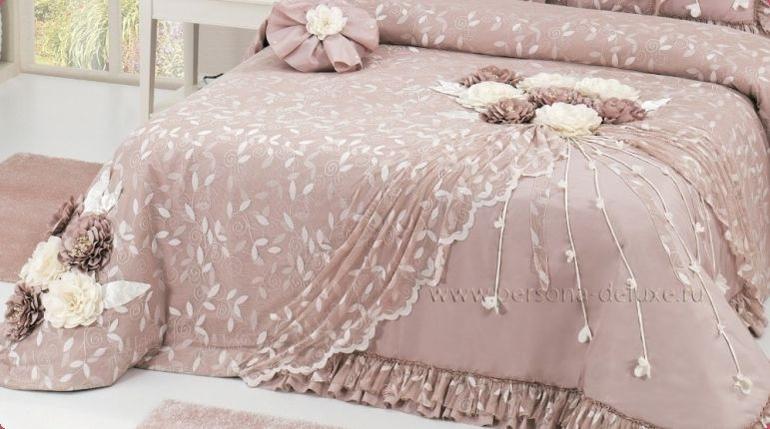Покрывало на кровать с цветами своими руками