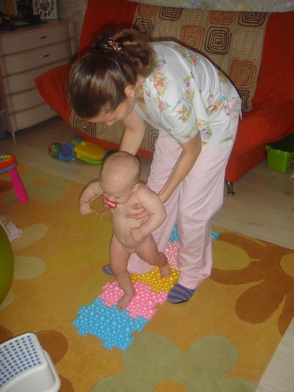 Детский массаж и гимнастика на дому