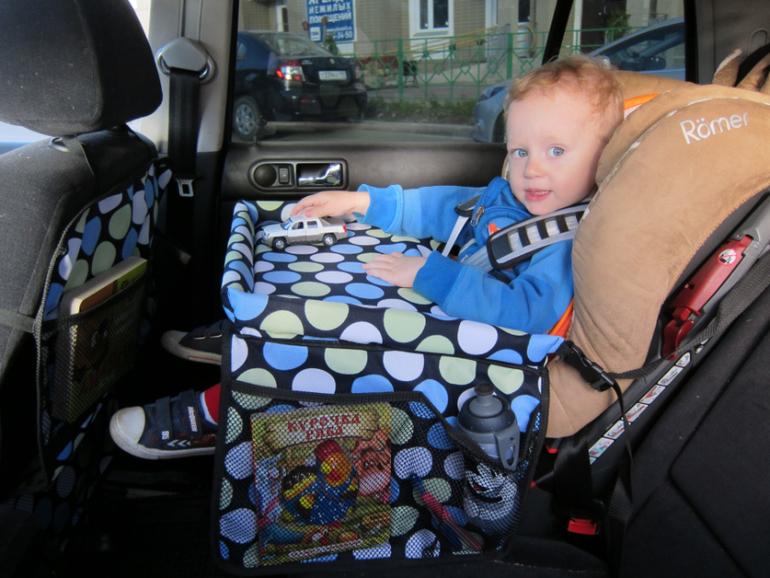 Столик для детского автокресла