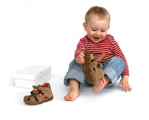 Про детскую обувочку.