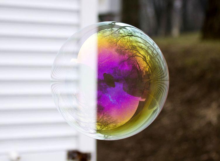 Жизнь мыльных пузырей