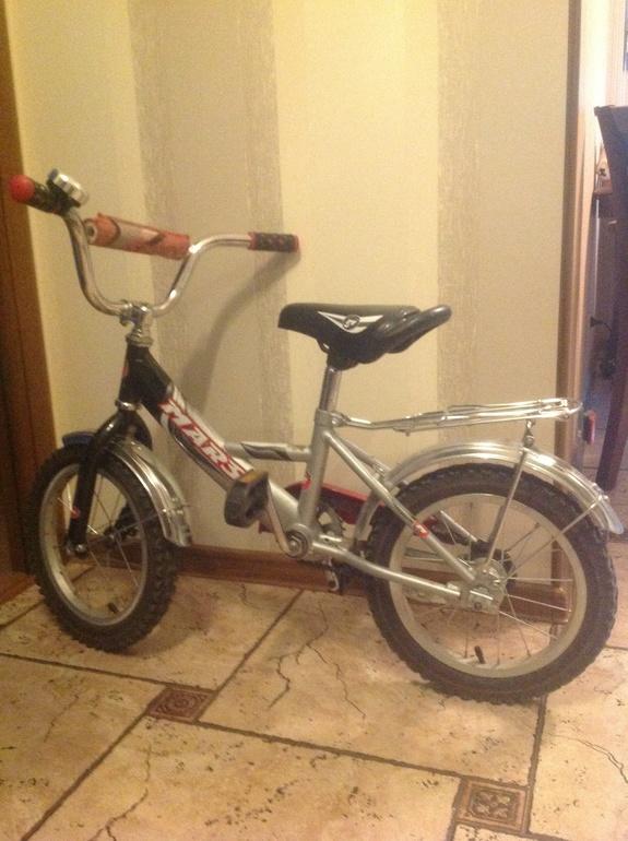 Продам  детский  велосипед  mars,  б/у.  Цена-2  800  р.