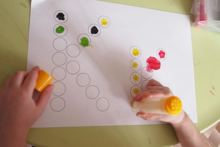 Игрушки для малышей до года своими руками Расти умным!